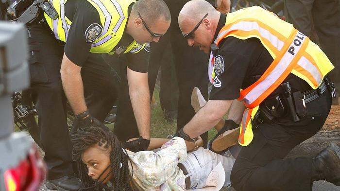 black-and-hispanic-people-more-likely-to-be-victims-of-police-brutality-study-says-1468265823